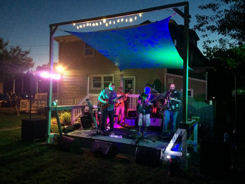 Allure Art Center Outdoor Stage and Summer Cheers Concert Series